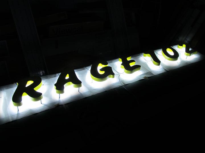 GARAGE 102 様 LEDバックライト 施工実績4