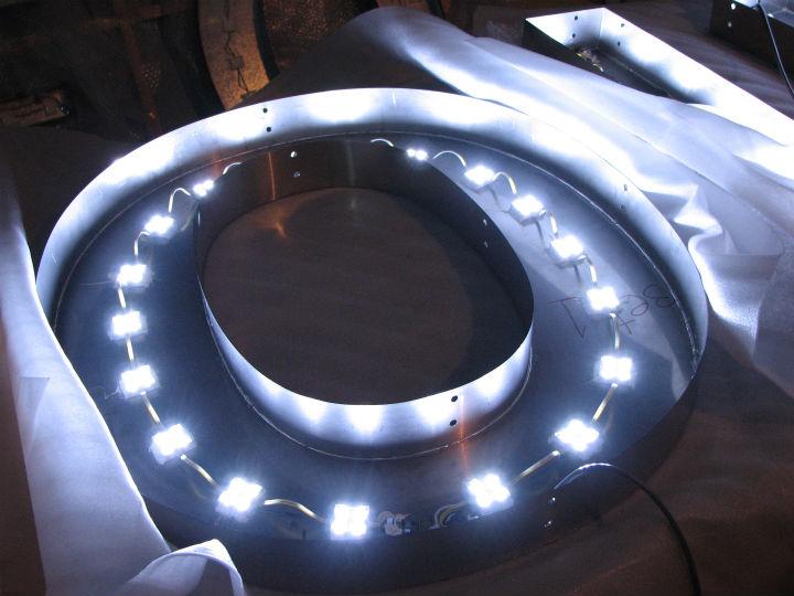 HANABISHI LEDバックライト 施工実績3