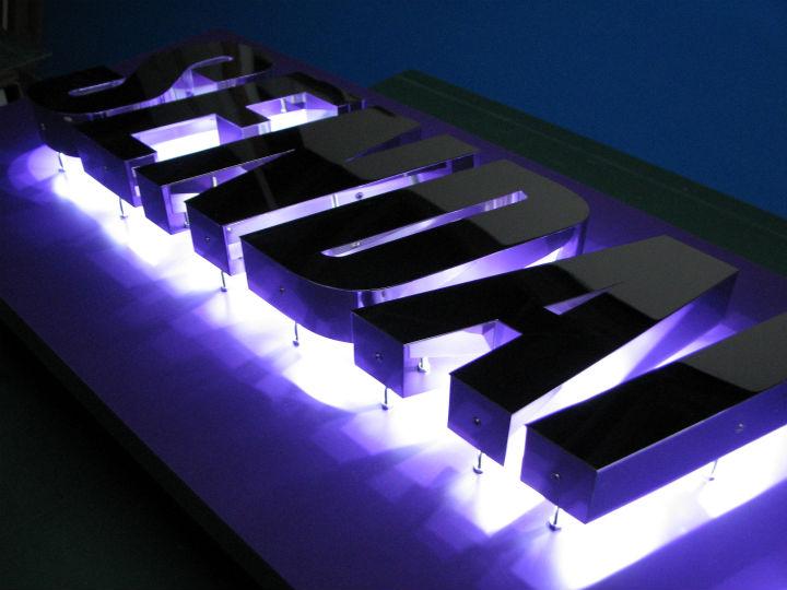 仙台リーディング LEDバックライト 施工実績2