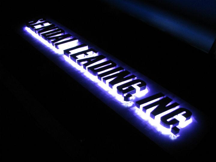 仙台リーディング LEDバックライト 施工実績6