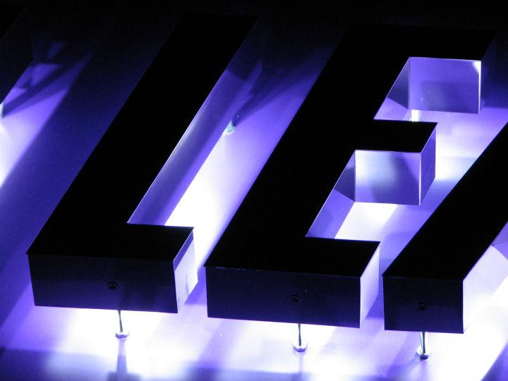 仙台リーディング LEDバックライト 施工実績8